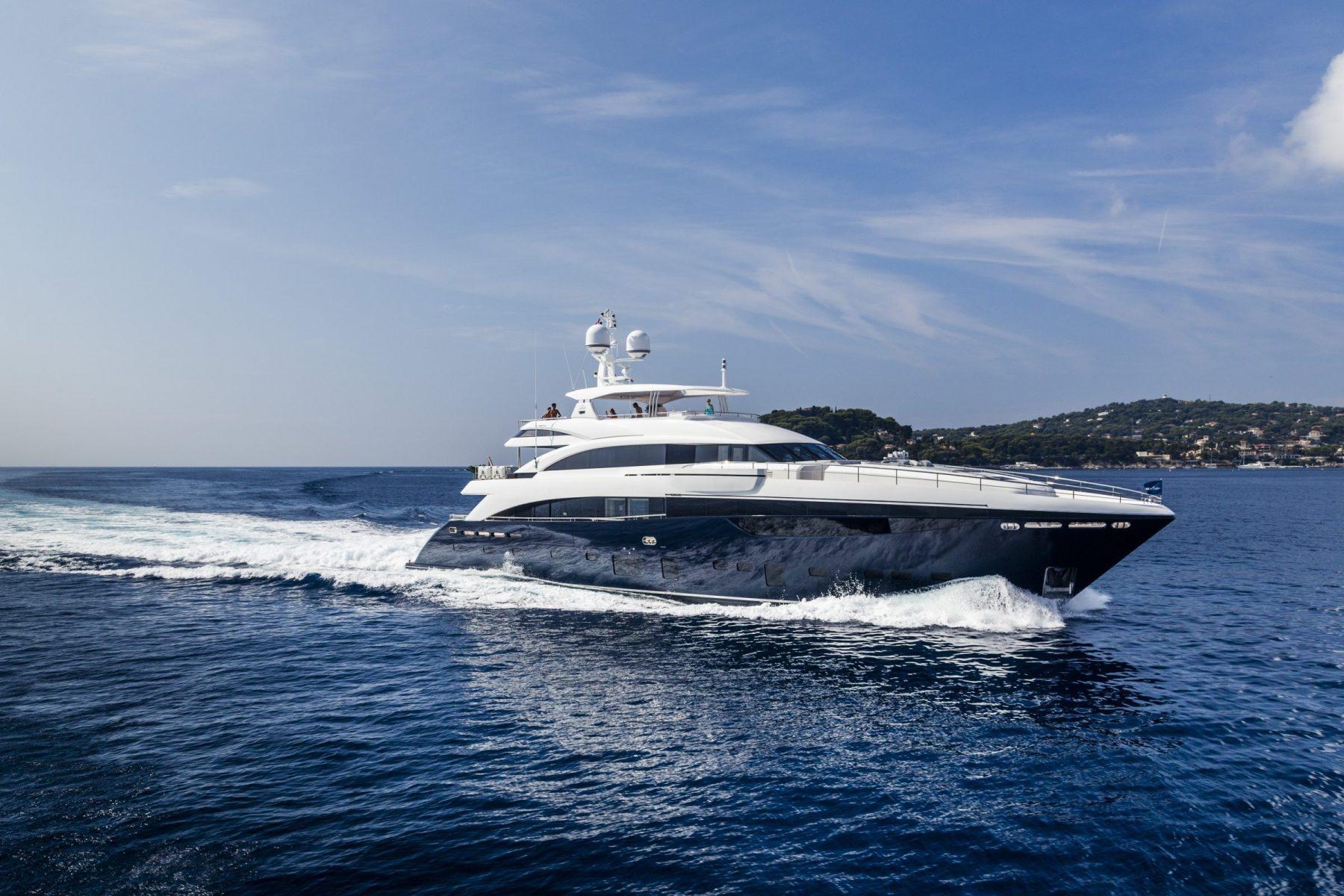 Princess 40M Luxury Superyacht | Princess Motor Yacht Sales