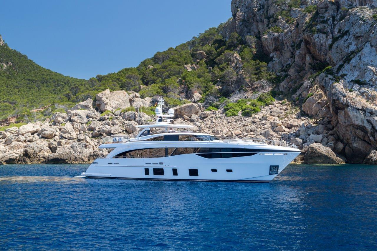 Princess 35m Luxury Superyacht Princess Motor Yacht Sales