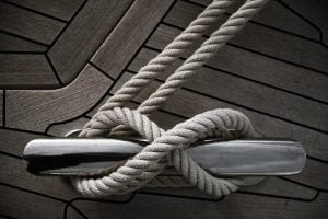 Cleat with rope