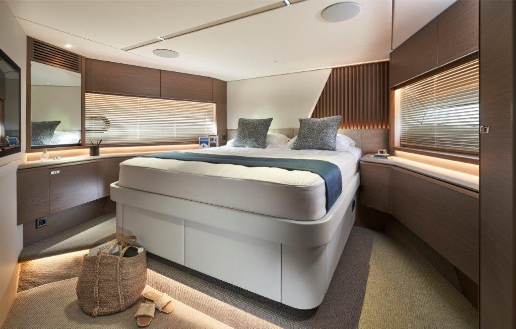 Princess Y72 luxury yacht