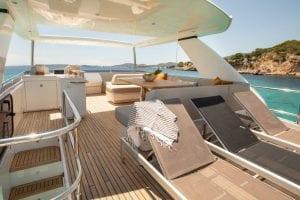 Princess 68 - Flybridge sunchairs