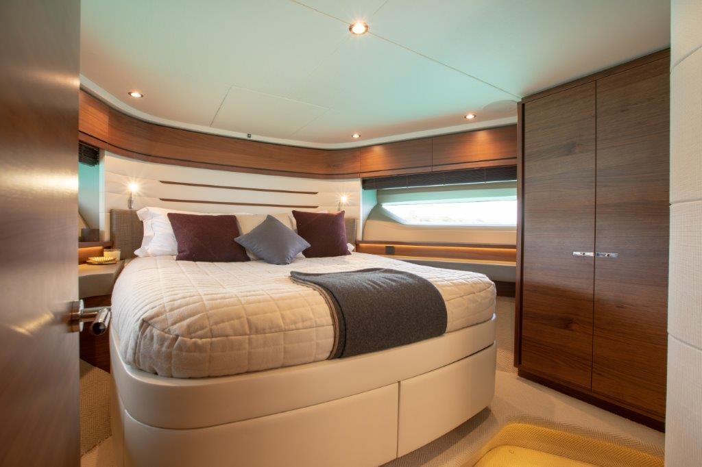 Princess 68 - VIP guest cabin