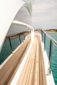 Princess 68 - side deck